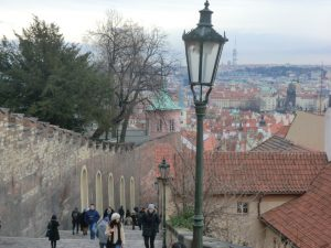 プラハ城へ続く階段