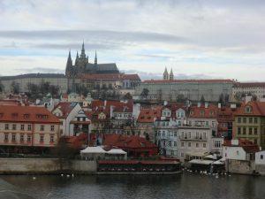 カレル橋からのプラハ城